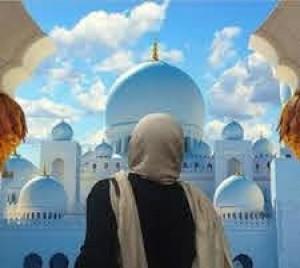 എന്റെ പേര് ഐഷ റോസലി, ഇത് എന്റെ ഇസ്ലാം ആശ്ലേഷണത്തിന്റെ കഥയാണ്-