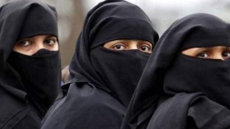 മോഡി നമ്മുടെ നായകനല്ല, മുസ്ലിം സ്ത്രീകളുടെ വിഷയം മുത്തലാഖില് മാത്രം ഒതുങ്ങില്ല: വനിതാ ആക്ടിവിസ്റ്റുകള്